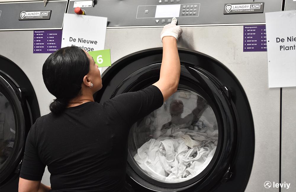 wasserette wasmachine aafje facilitair leviy